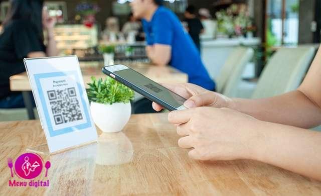 تاثیرگذاری برند تجارت خود با منوی دیجیتال