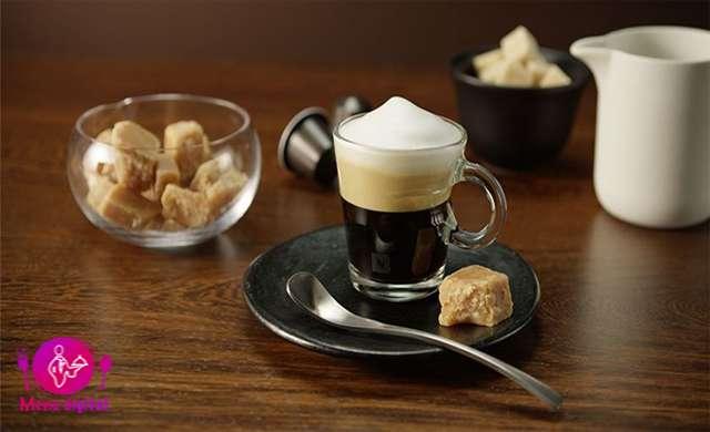 اگر کنجکاو هستید که نوشیدنی دلخواه قهوه شما چه مقدار کالری تأمین می کند راجب آن بخوانید!